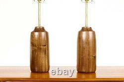 Studio Craft Walnut Table Lamps Lathe Tourné Avec Laiton Détaillant Paire Tl2